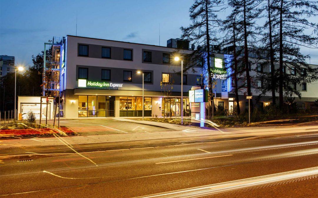 HERECON übergibt Hotelneubau am Olympiapark in München